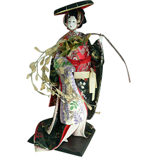 Loveliest Japanese Vintage Gofun Doll Fujimusume Life Like Doll High Quality Collectible