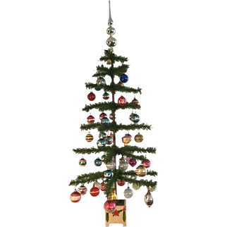 Great - Early Christmas Tree - Decorated and Great Base!