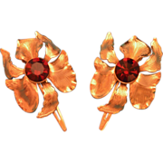 Pair of Lady Ellen Orchid Flower Goldtone Hair Clips Klippies