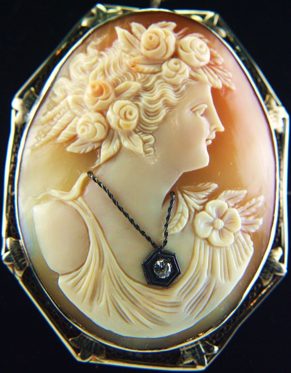 1920 S Xlarge 14k White Gold Shell Cameo Of Flora Diamond
