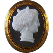 Victorian 14k Gold Hard Stone Cameo Brooch