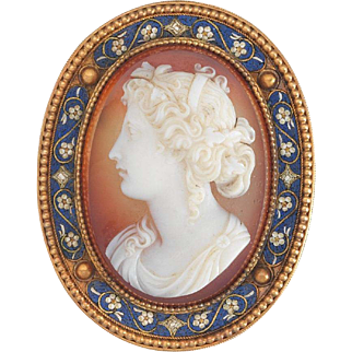 Rosi Signed Victorian Agate Cameo in 18k Gold Micromorsaic Brooch