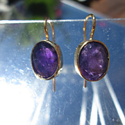 10kt Yellow Gold Deep Purple Faceted Amethyst Dangle Earring