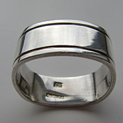 Sterling Silver Unisex Square/Rounded Edge Band
