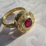 18kt Yellow Gold Artisan Ruby/Multi Diamond Ladies Ring