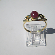 14kt Yellow Gold Candy Apple Red Cabochon Ruby Artisan Ladies Ring