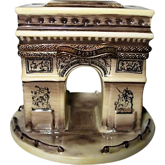 Hand Painted Limoges Arc de Triomphe Porcelain Box