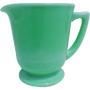 Vintage Jadeite McKee Handled Footed Four Cup Measuring Cup