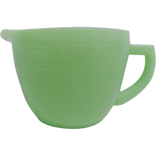 Vintage Green Jadeite Jeannette Two Cup Measuring Cup