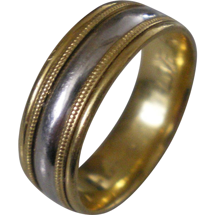 18k gold platinum band ring size 8 excellent condition