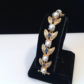 1960 14K Gold Sapphire Cultured Pearl  Bee Bracelet Perfect