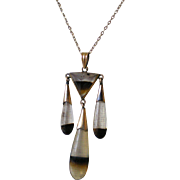 Antique 10K Gold Banded Agate Drop Pendant & Chain