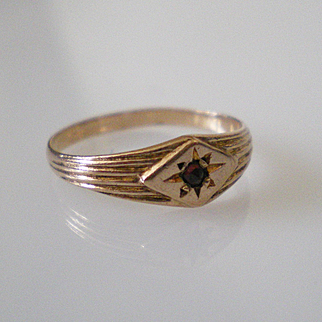 Victorian Rose Cut Garnet Solid Gold Baby Ring Perfect Condition
