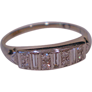 C1920 Platinum Diamond Ring Size 11 ½