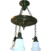 19-inch Colonial Revival 3-light Chandelier