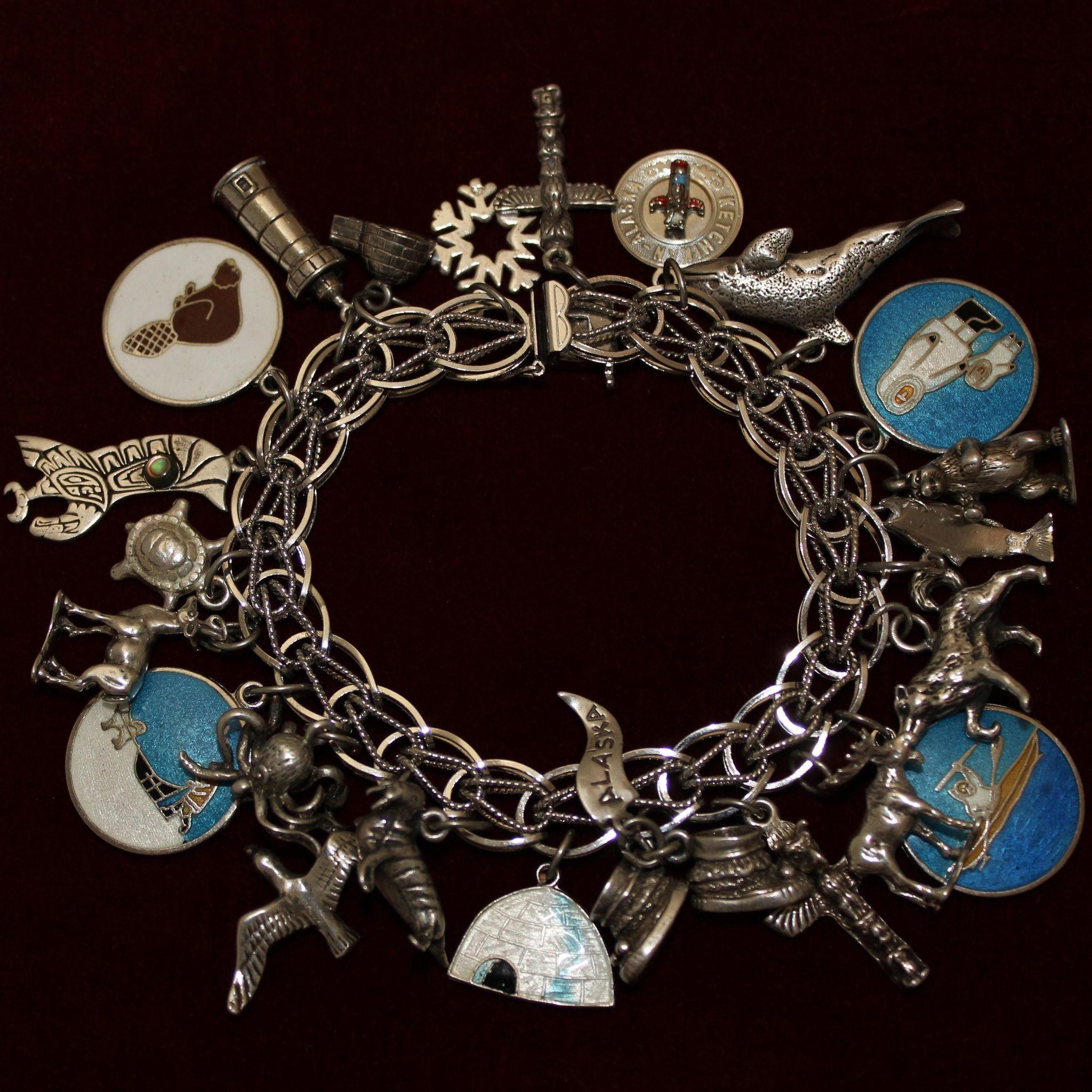 Sterling Alaska Charm Bracelet With 23 Alaskan Theme Vintage