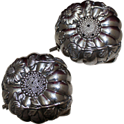 Rare Japanese Chrysanthemum Sterling Salt Pepper Shakers Figural Floral Pepper Pots Solid 950 Silver 1950's Japan
