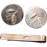 Stuart Nye Sterling Cufflinks With Matching Tie Bar Vintage Solid Silver in Pine Motif