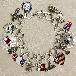 Gorgeous America Theme Sterling Charm bracelet With 15 Lovely Solid Silver Charms Including Statue of Liberty, Lincoln Memorial, Liberty Bell