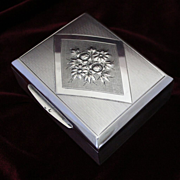 800 Silver Vintage Hungarian Art Deco Cigarette Box With Fabulous Die Rolled Textural Detail