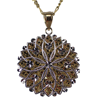 """Stunning Vintage 14K Gold Ornate Pendant With 18"""" 14K Gold Figaro Chain 7.5 Grams"""