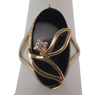 10K Yellow Gold Black Onyx Ring With Small Accent Diamond Size 5.25