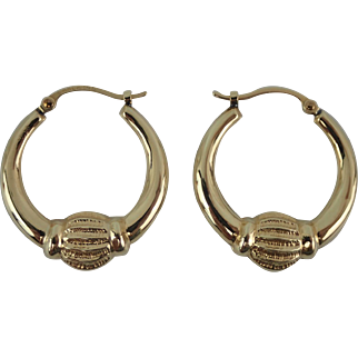 14K Gold Vintage Doorknocker Hoop Pierced Earrings