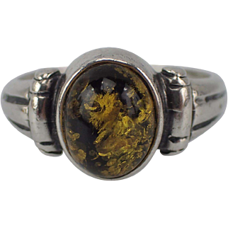 Vintage Sterling 925 Amber Ring Green Tint Size 8