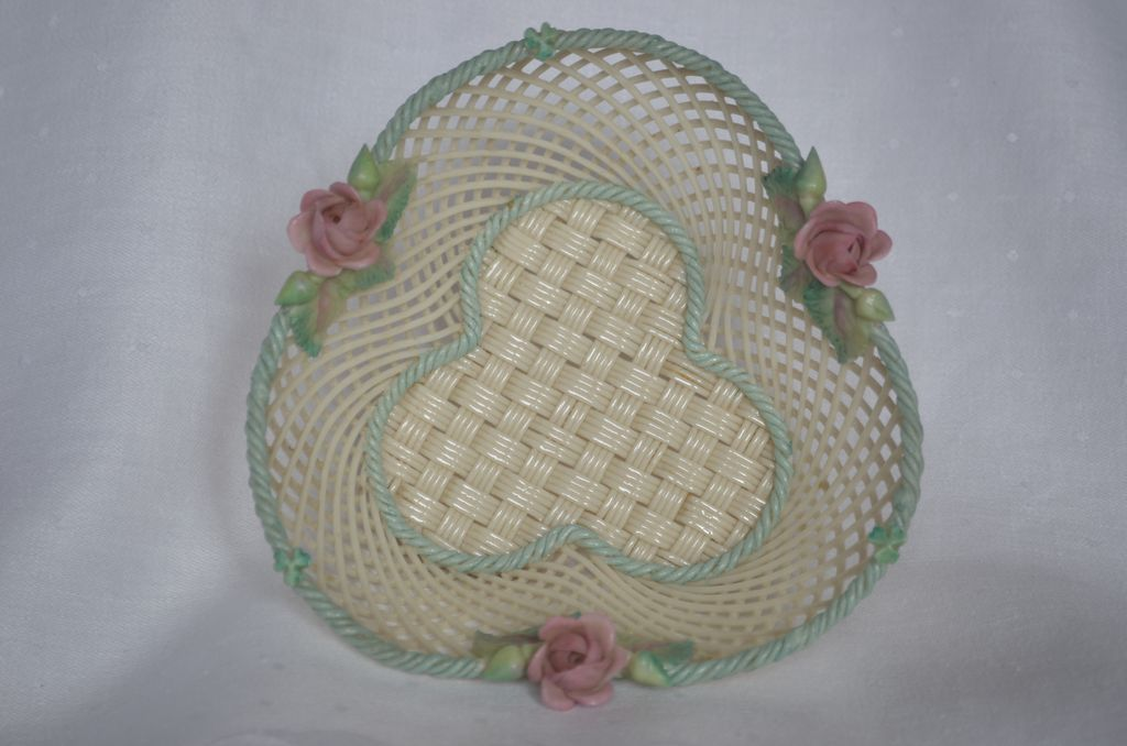 dating belleek baskets A capital r in a circle was added in 1955 to signify that the trademark belleek itself became symbolic of ireland and often emigrants would.