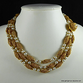 French Faux Pearl and Gilt Metal Necklace
