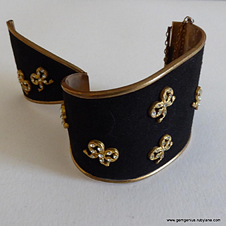 Henry a la Pensee Suede and Rhinestone Cuff