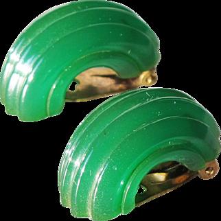 Bakelite clips on Earrings vintage rare emerald green hoop deep carved design