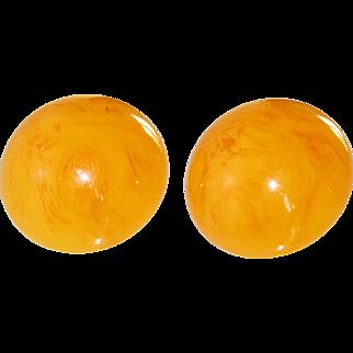 Bakelite clip on Earrings vintage orange apricot swirl round shape