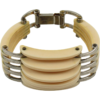 "French Art Deco Galalith & Chrome ""grill"" Bracelet Modernist Carved Design"