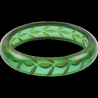 Vintage Bakelite Bracelet Bangle Reverse Carved Emerald Green Prystal Quality