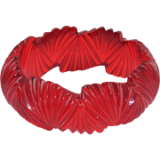 Transparent Candy Apple Red Bakelite Bracelet Bangle Deep Fan Carving