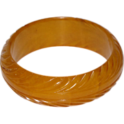 Rare Vintage Bakelite Bracelet Bangle deep pineapple carved yellow amber marble