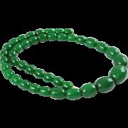Vintage Bakelite Necklace emerald green marble graduated ovoid beads