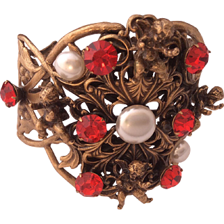 JOSEFF of Holliwood cherub gold plated bracelet