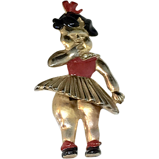 Movable 1940's baby figural pin brooch