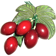 Bakelite Carved Berry Amazing dangling pin Brooch