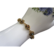 Vintage Goldette Raised Gold Tone Flowers Bracelet