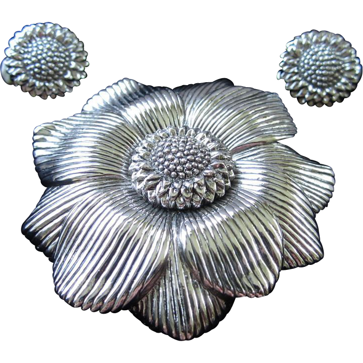 1/2 OFF!!! ~ Ciner Silver Tone Flower Brooch and Earrings Set ~ REDUCED!