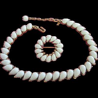 Trifari White Thermoset Teardrops Necklace and Pin Set