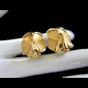 Elegant Vintage Trifari Brushed Gold Tone Rose Earrings
