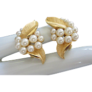 Vintage Trifari Faux Pearls and Gold Tone Leaves Earrings