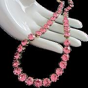 Dazzling Weiss Pink Rhinestone Necklace