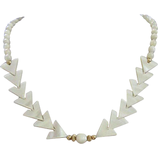 Vintage Hand Strung Mother of Pearl Beaded Necklace