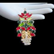 Dazzling Vintage Rhinestone Christmas Tree Pin Brooch