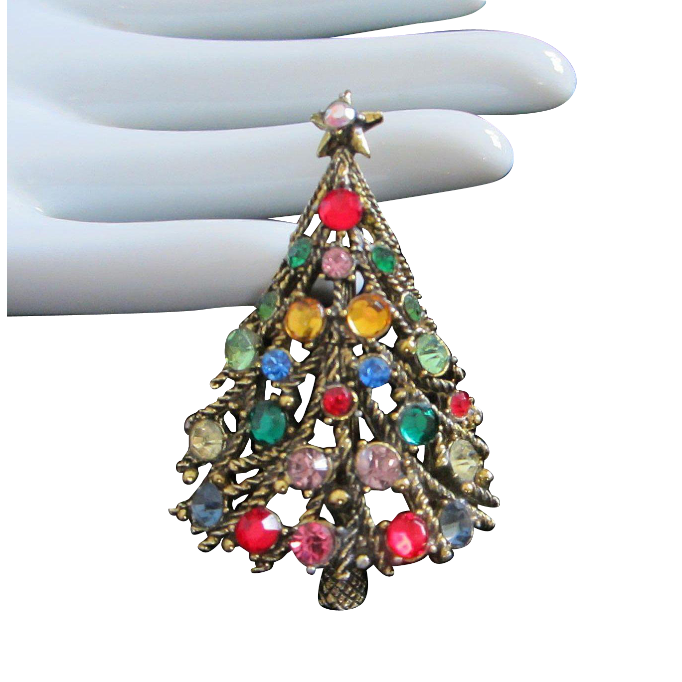 Reduced Christmas Decorations: Vintage Hollycraft Rhinestone Christmas Tree Pin Brooch